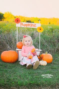 Fall Halloween mini session Pumpkin Stand Fort Worth Keller Texas childhood photographer Dawn Lopez Photography