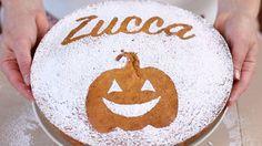 La torta soffice alla zucca è una ricetta facilissima e veloce! E' un dolce soffice e delicato, molto semplice, da gustare a qualunque ora della giornata.