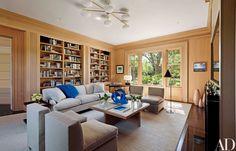 Shelton, Mindel & Associates Modernize a Shingle-Clad Colonial Revival Home in the Hamptons Photos | Architectural Digest