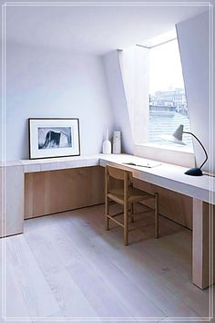 Minimalist Home Interior Design Minimalist home design, with very little and simple furniture, has impressed many people. Many a time the way we value our home, the way we furnish and decorate a ho… Minimalist Furniture, Minimalist Interior, Minimalist Home, Minimalist Apartment, Minimalist Design, Minimalist Bedroom, Interior Minimalista, Work Office Design, Office Designs