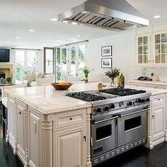 Kitchen Island With Viking Range Transitional Celebrity Houses Chef