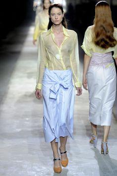 Dries Van Noten Spring 2011 Ready-to-Wear Fashion Show - Fabiana Mayer (MARILYN)
