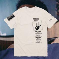 T Shirt Logo Design, Tee Shirt Designs, Tee Design, Graphic Shirts, Printed Shirts, Tee Shirts, Design Kaos, Aesthetic Shirts, Apparel Design