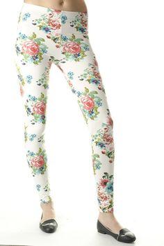 #Leggings #Signity Capri Pants, Leggings, Fashion, Capri Trousers, Moda, La Mode, Fasion, Fashion Models, Trendy Fashion