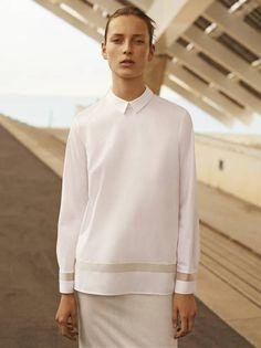 Julia Bergshoeff for COS SS 2015 Campaign by Karim Sadli (Fashion Copious) Casual Styles, Minimal Fashion, White Fashion, Shirts & Tops, White Christmas Outfit, Look 2015, Shirt Bluse, Fashion Gallery, White Shirts