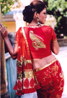 red sarees Archives » MinMit Clothing