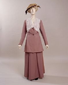 Suit and Blouse, Brown Bros.: 1915, European, grey twilled wool, muslin, satin, cotton.