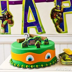 If there's anything the Ninja Turtles love more than pizza, it's birthday cake! If there's anything the Ninja Turtles . Turtle Birthday Parties, Ninja Turtle Birthday, Ninja Turtle Party, Ninja Turtles, 4th Birthday, Birthday Ideas, Cake Birthday, Tmnt Cake, Lego Cake