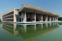 The mid-century modern buildings of Chandigarh, India, were designed by renowned architect Le Corbusier. Modern Brick House, New Modern House, Small Modern Home, Ancient Greek Architecture, Modern Architecture, Amazing Architecture, Le Corbusier, Travel Destinations In India, Black House Exterior