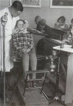 School dentist, history, vintage, dentistry, b/w Dental Jobs, Dental Art, Dental Humor, Medical Dental, Dental Services, Dental Health, Oral Health, Dental Photos, Vintage Medical