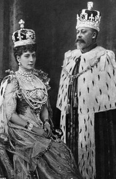 King Edward VII and Queen Alexandra of UK / The coronation day - 1901