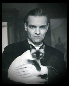 Yuri Knorozov with cat.