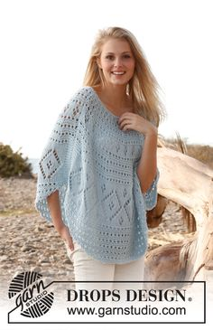 "Blue breeze - DROPS poncho ""Paris""-langasta. Koot S-XXXL. - Free pattern by DROPS Design"