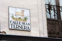 Va desde la Calle de las Navas de Tolosa a la Calle de Preciados.