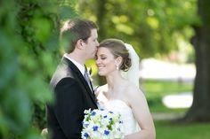 St. Louis spring wedding inspiration : L Photographie || Ceremony: St. Pius V Catholic Church || Ceremony: Clayton Plaza Hotel || On location photos: Tower Grove Park