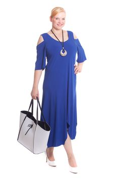 Der Sommer ist da! Entdecken Sie jetzt wundervolle Plus Size Damenmode bei Design for you.  www.designforyou.at/shop Big Size Fashion, Trends, Outfit, Austria, Cold Shoulder Dress, Plus Size, How To Make, Design, Dresses