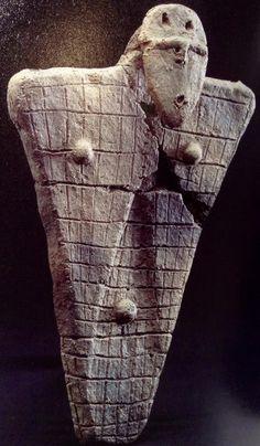 Faces of dogu figurines Ancient Mysteries, Ancient Artifacts, Japanese Culture, Japanese Art, Jomon Era, Ancient Discoveries, Ancient Goddesses, Ceramic Figures, Indigenous Art
