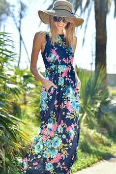 The perfect floral maxi for spring or summer! Love this entire look! Dress fix spring summer 2017. #affiliatelink