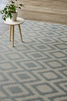Airloom online has quality water resistant carpets & rugs (with grey designs) that are outdoor, easy to clean mats, child & pet friendly for South Africans Rugs On Carpet, Carpets, Floor Decor, New Living Room, Home Look, Animals For Kids, Sweet Home, Bedroom Decor, Mint