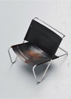 Kwok Hoi Chan lounge chairs t Spectrum 1973 Lounge Chair Design, Lounge Chairs, Vintage Furniture Design, Folding Camping Chairs, Industrial Chair, Inside Design, Furniture Arrangement, Furniture Makeover, Outdoor Chairs