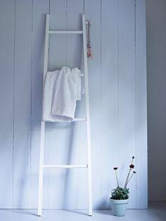 Light Gesso Towel Ladder