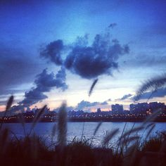 한강 (Han River)