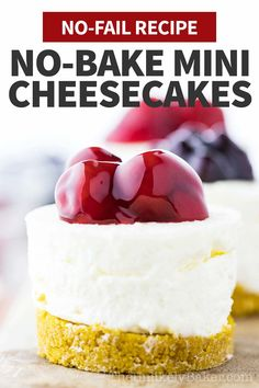 No bake mini cheesecakes are for those days when you want luxurious, creamy, New York-style cheesecake but without all the work. With no bake cheesecake this good, you may just find no need to bake cheesecake ever again. Easy to follow, no-fail recipe with step-by-step photo instructions. No Bake Cheescake Recipe, Easy Mini Cheesecake Recipe, Mini Cheesecake Cupcakes, Best Cheesecake, Homemade Cheesecake, Cheesecake Desserts, Mini Cheesecakes, Summer Dessert Recipes, Fruit Dessert
