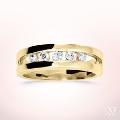"Fall in love with ""Somnia"" diamond ring in gold. Pure beauty #yorxs #diamantring #diamant #gold #liebe"