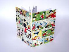 Mit seiner sichtbaren Heftung ist das Buch bestimmt in jedem Bücherregal ein Hingucker. Der hellgelbe Heftfaden ist ein zarter Farbtupfer in Kombinati