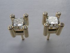 Custom OOAK Beautifully Unique Quality 1 carat Canadian Diamond Claw Diamond Stud Earrings in 18k yellow gold or Platinum
