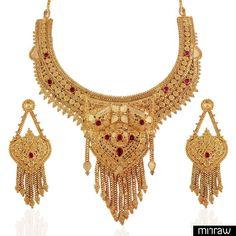 Heena antique chic design golden necklace set