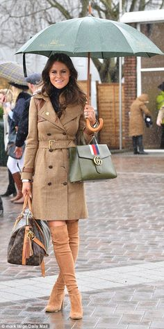 Racegoers at Cheltenham Festival opt for VERY risque ensembles Designer Jade Holland Cooper, whose label Holland Cooper is sponsoring the Leading Jockey Award, braved the rain in a trench coat from her own collection Weekend Dresses, Weekend Outfit, Country Fashion, Country Outfits, Races Outfit, Outfit Sets, British Country Style, Dog Raincoat, Races Fashion