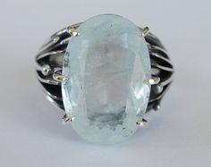 Anello acquamarina taglio ovale in argento di MargaretsGems