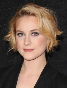 5 Tricks To Growing Out A Pixie Cut