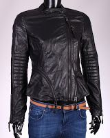 Geaca Zara Dama Moto Style (Zara) Moto Style, Zara, Leather Jacket, Fashion, Studded Leather Jacket, Moda, La Mode, Leather Jackets, Fasion