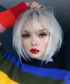 New Pretty Platinum Blonde Hair Color for Short Hair to Look Hot and Trendy Source by tom_schoon Hair makeup make up Hair Lights, Light Hair, Cute Makeup, Makeup Looks, Hair Makeup, Makeup Style, Short Hair Cuts, Short Hair Styles, Platinum Blonde Hair Color
