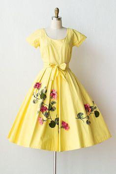 vintage 1950s yellow dress felt flowers