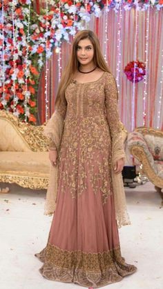 Opting for a glamorous look to shine out in the crowd? Check out our exclusive party wear from Zainab Chhotani. Price: For purchase of the dress, please visit www. Couple Wedding Dress, Groom Wedding Dress, Fancy Wedding Dresses, Wedding Wear, Wedding Attire, Pakistani Bridal Wear, Pakistani Dress Design, Pakistani Dresses, Indian