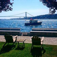 Listening Bosphorus. The sound of Istanbul... #travel #travelgram #travelling #travelingram #wanderlust #wanderer #cokgezenlerkulubu #luxurytravel #luxuryhotel #luxurylifestyle #luxury #bosphorus #istanbul #boğaz #kanlıca #üsküdar #sea #blue #bridge #turkey #nofilter #sony #xperia #ican #leisure #relax #relaxing #relaxation #relaxed