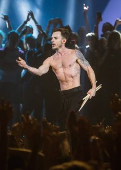 Shannon the sexy beast 🔥🔥 Love My Man, A Good Man, Thirty Seconds, 30 Seconds, Music Is My Escape, Life On Mars, Shannon Leto, Band Photos, Film Music Books