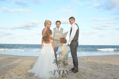 Bethany Beach Wedding Minister is the Officiant for this Delaware ceremony by the sea:  https://www.roxbeachweddings.com/