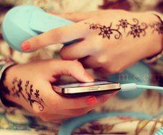 nice henna to7fa ♥
