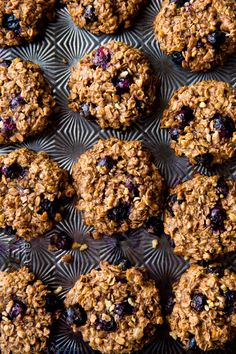 BLUEBERRY breakfast cookies packed with 9 happy and wholesome ingredients to power you through the day. 1 BOWL cookie recipe!