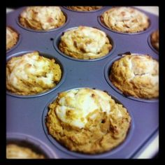 Low-Carb Pumpkin Cream Cheese Muffins