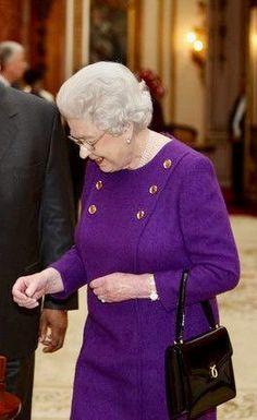 Elizabeth Philip, Queen Elizabeth Ii, British Monarchy History, House Of Windsor, Prince Philip, Real Beauty, The Crown, British Royals, Wardrobes