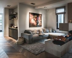 A jewel in the artists' village of Bergen: Boutique Hotel Villa Kranenbergh. This project by Piet-Jan van den Kommer has … The post Boutique Hotel Villa Kranenberg appeared first on HOOG.design - Exclusive living inspiration in the United Kingdom. Chic Living Room, Living Room Interior, Home Living Room, Living Room Designs, Living Room Decor, Bedroom Decor, Villa, Interior Architecture, Interior Design