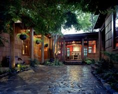 Entry u shaped house Design Ideas, Pictures, Remodel and Decor