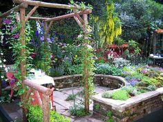 Chelsea 2007 - Courtyard gardens