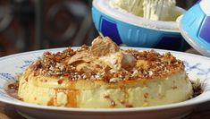 Karamellpudding Different Recipes, Yummy Cakes, Camembert Cheese, Macaroni And Cheese, Tart, Delish, French Toast, Deserts, Food And Drink