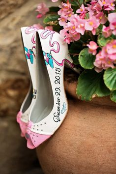 Bride's hand-painted shoes | Kristen Weaver Photography | see more at http://fabyoubliss.com
